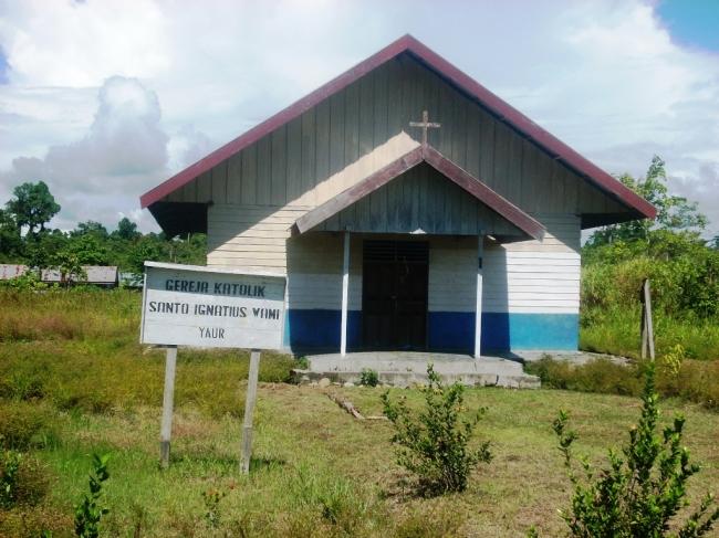 gereja katolik Wami Yaur